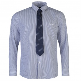 http://images.sportsdirect.com/images/imgzoom/55/55931637_xxl.jpg