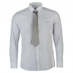 http://images.sportsdirect.com/images/imgzoom/55/55931690_xxl.jpg
