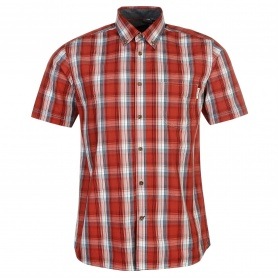 http://images.sportsdirect.com/images/imgzoom/55/55717064_xxl.jpg