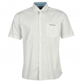 http://images.sportsdirect.com/images/imgzoom/55/55717601_xxl.jpg