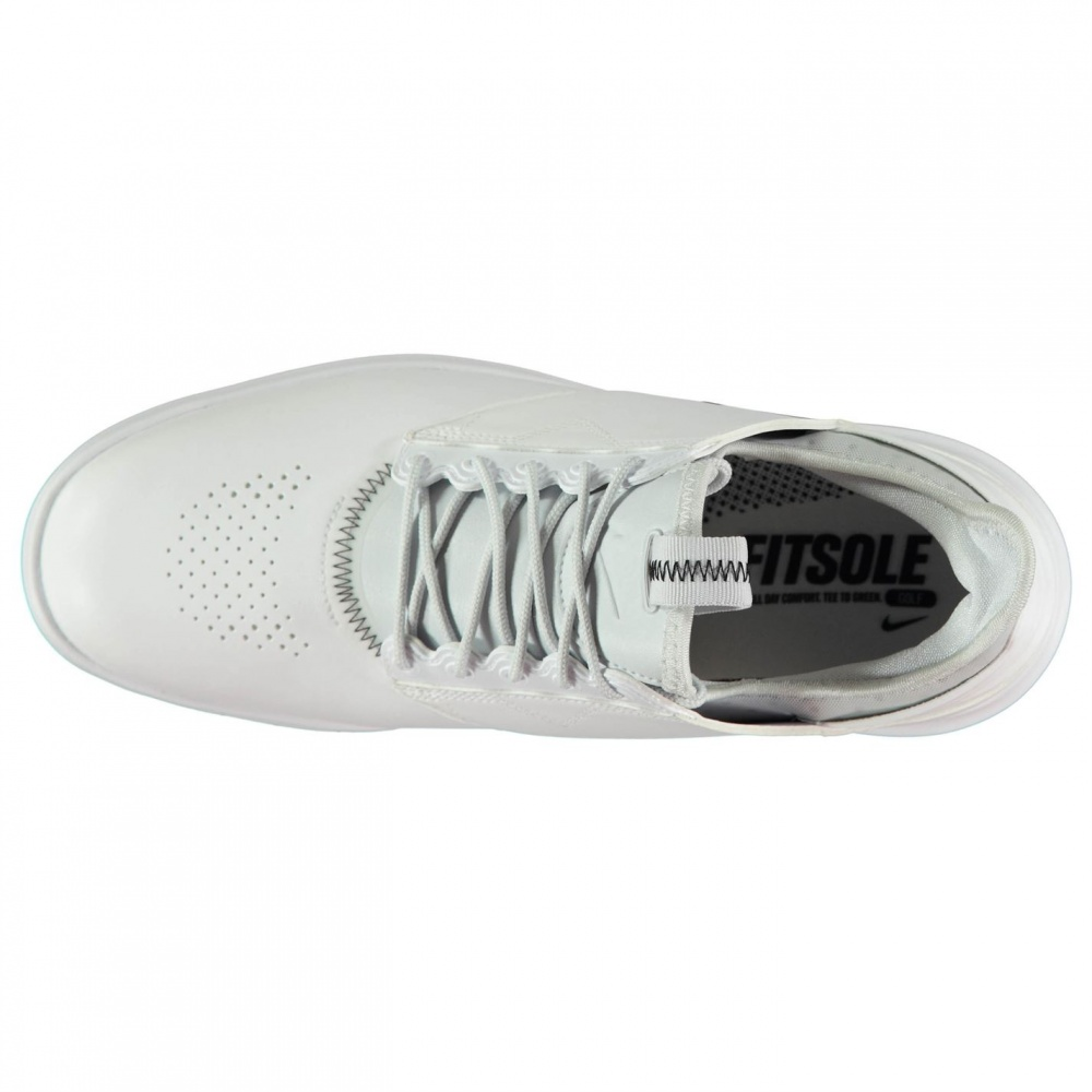 ... https   images.sportsdirect.com images imgzoom 28  82100ae4bd